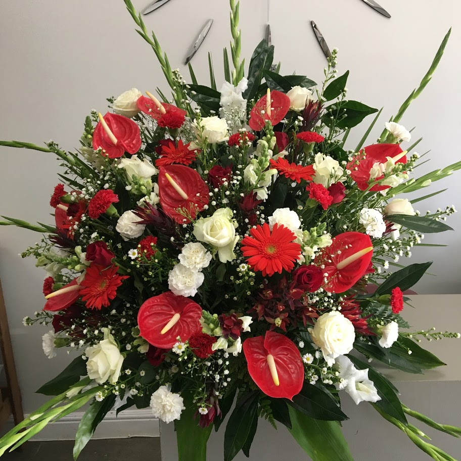 red and white large arrangement