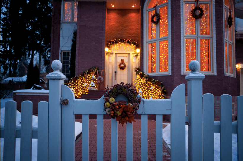 Going Away for the Holidays? 12 Tips for Preparing Your Home Before Vacation