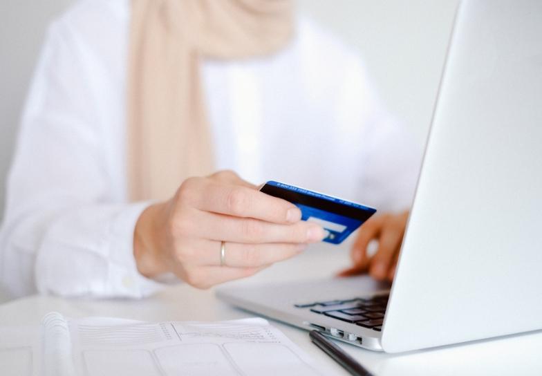 Online Shop erstellen mit Shopware | itPortal24