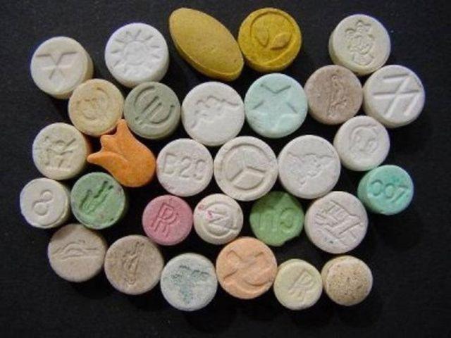 Chơi kẹo nhiều có bị vô sinh không?