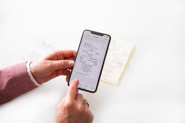 Rechnung mit Handy Einscannen und Steuerberater schicken
