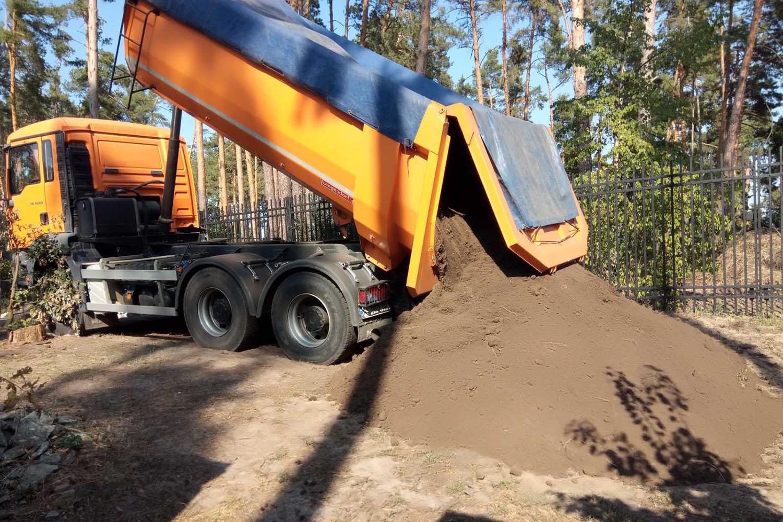 Завоз грунта для земляных работ