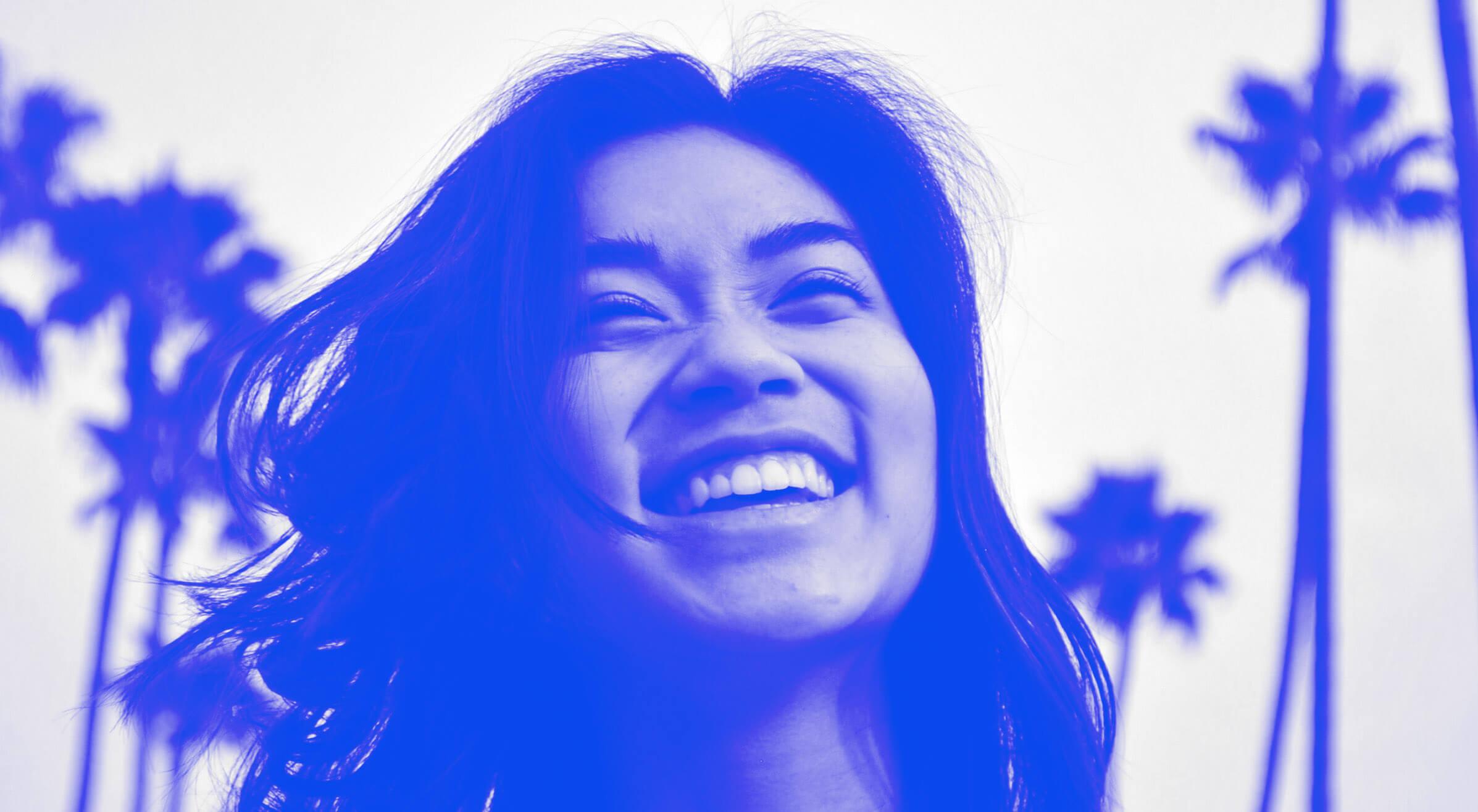 Smiling girl Videa