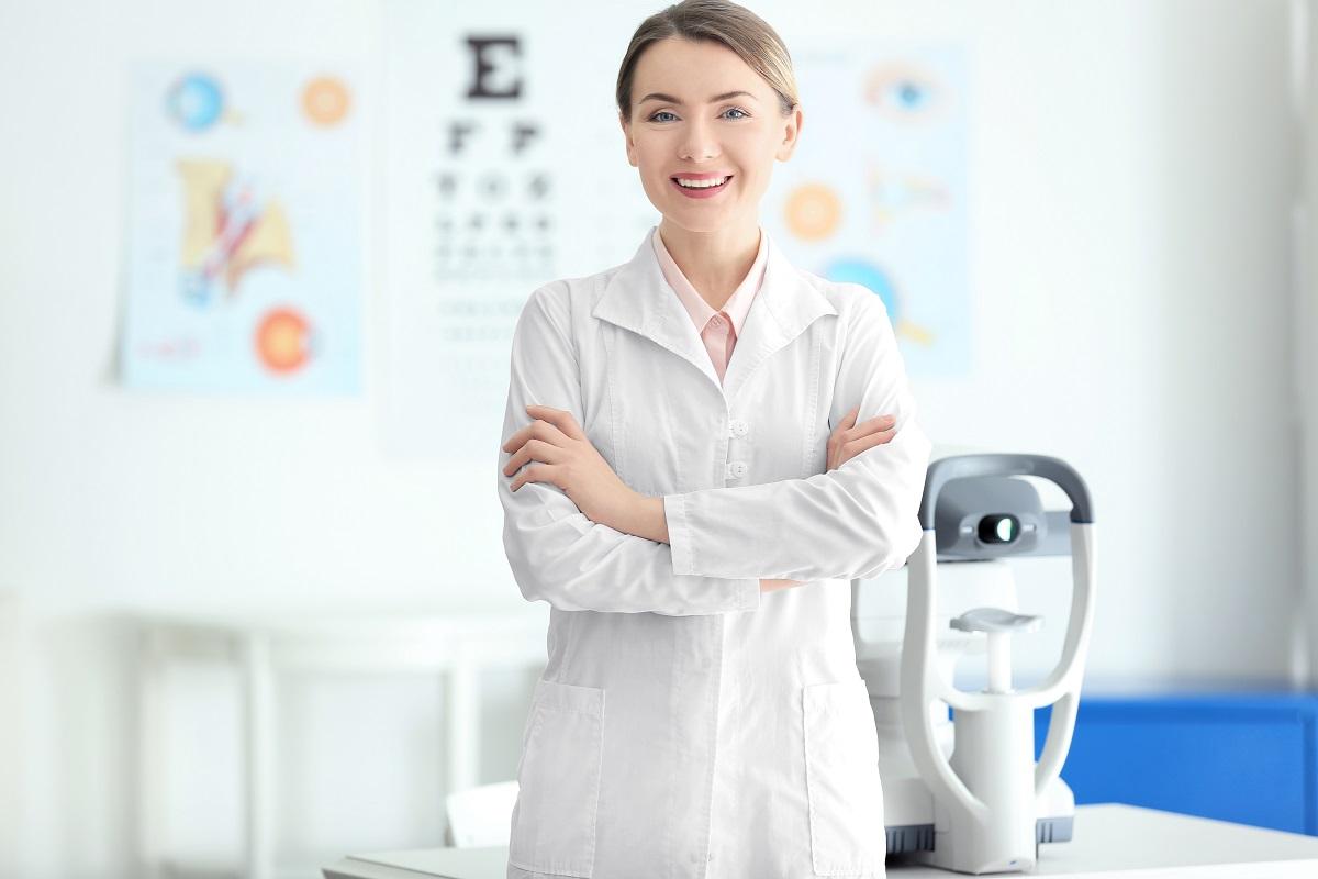 LASIK eye doctor in Chicago