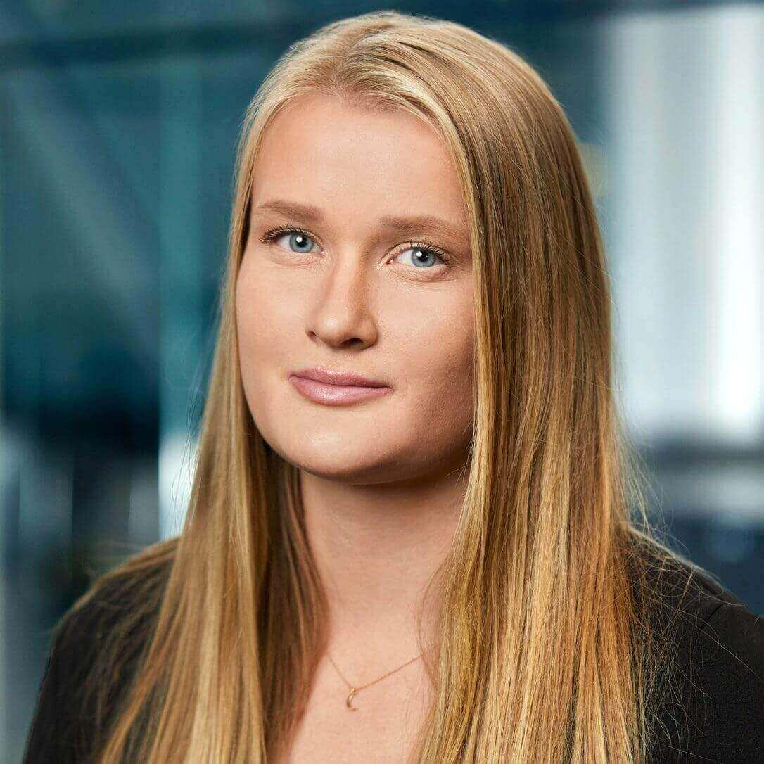 Julia Engstrand