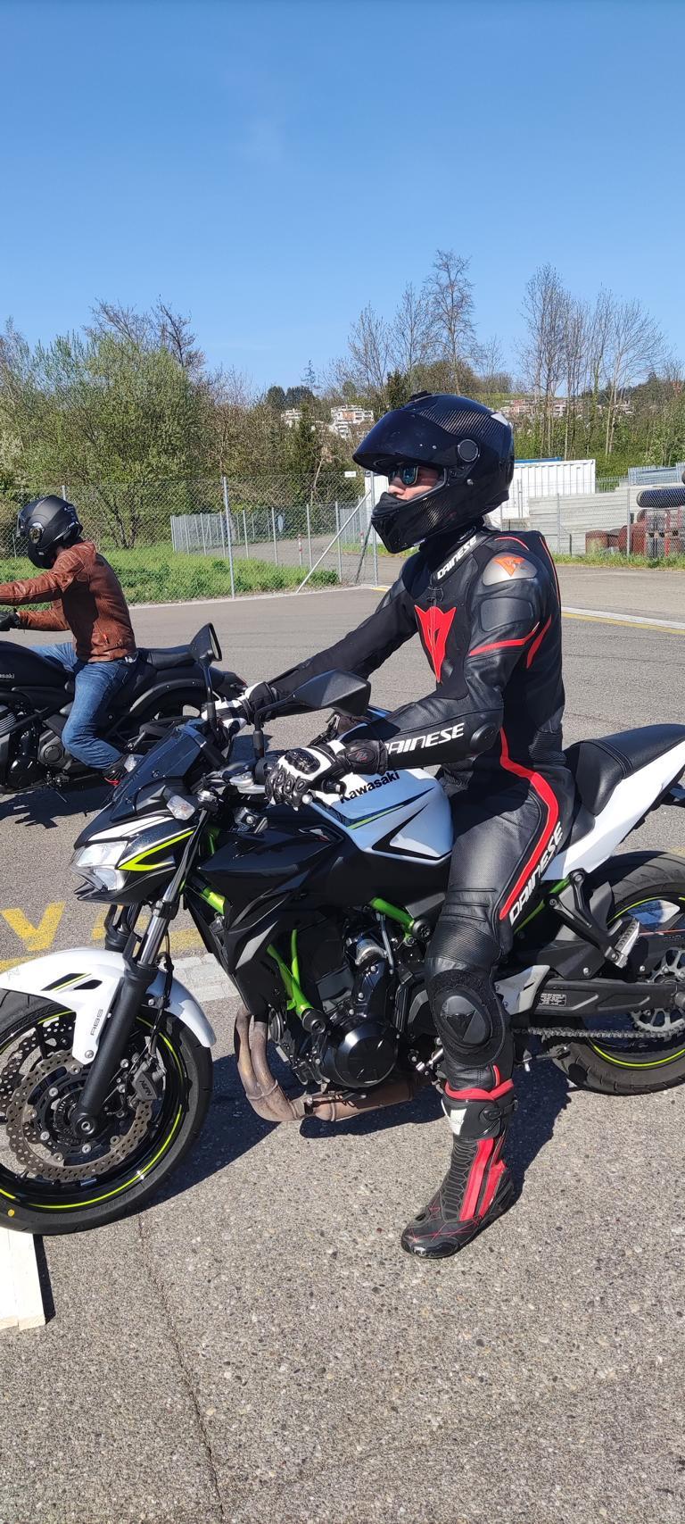 VKU auto motorrad altstetten fahrschule motorradfahren