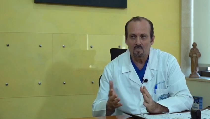 د. مارون ابي طايع يتحدث عن انفجار مرفأ بيروت
