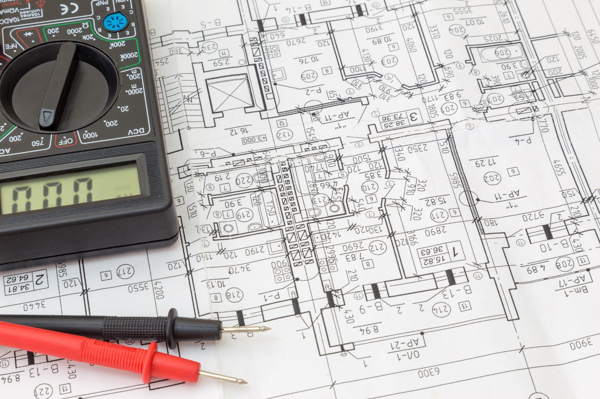 Planungsutensilien für Elektroinstallation