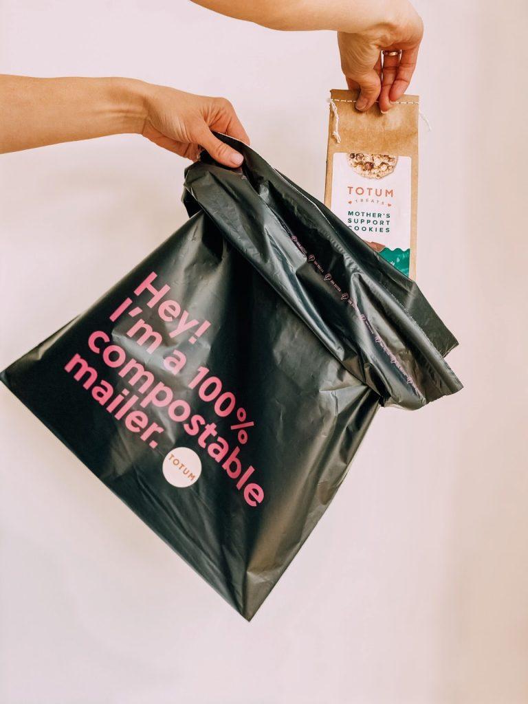 totum women custom packaging