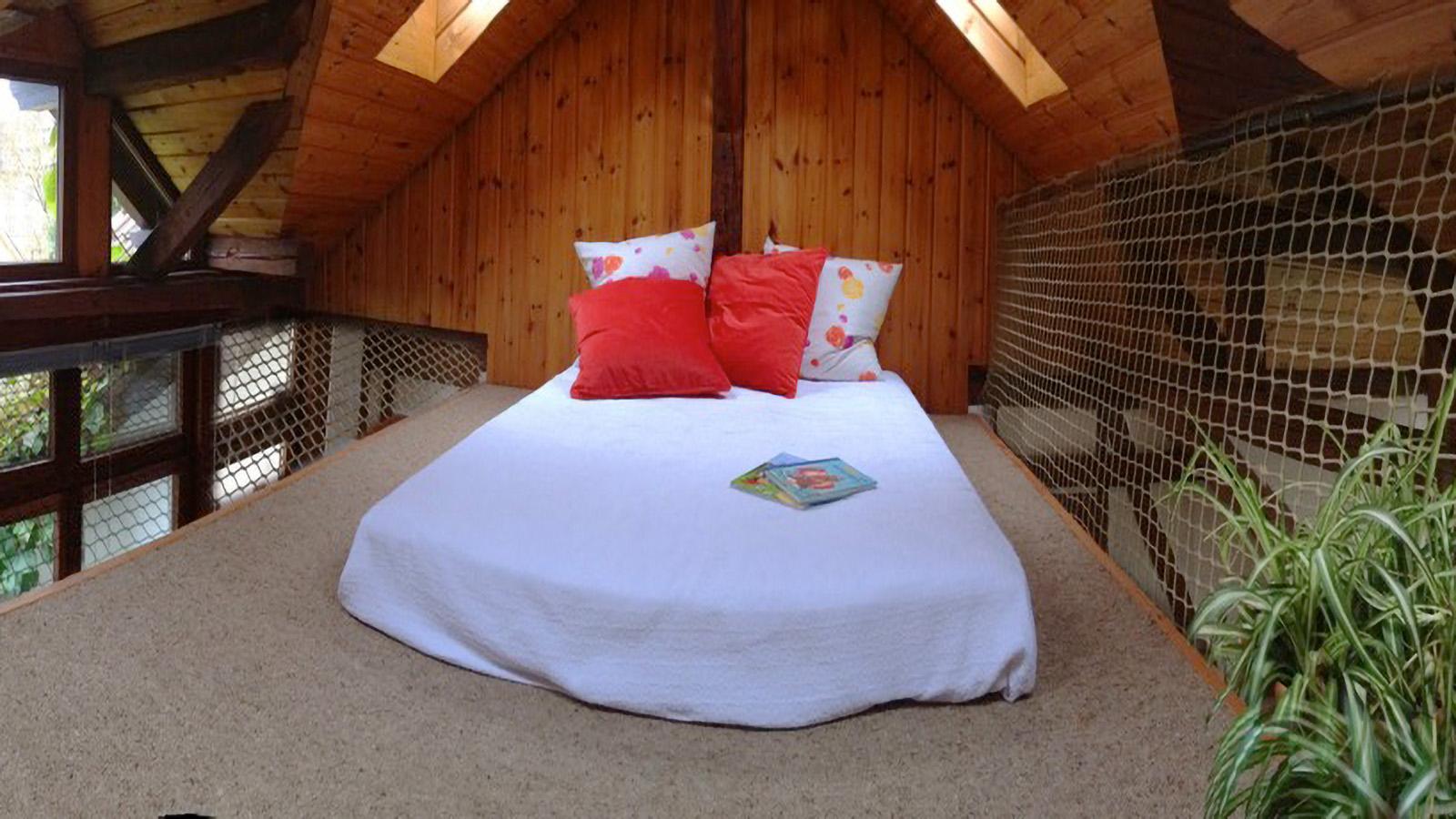 Chillige Empore unter dem Dachgiebel der Villa Melena – Ferienwohnung Roos in Konstanz