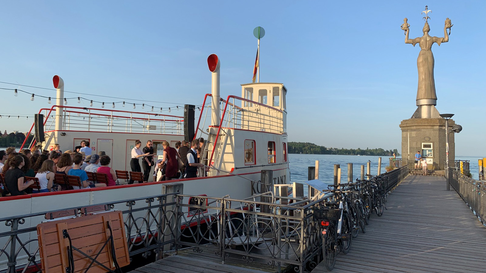 """Restaurant """"alte Fähre"""" im Konstanzer Hafen - schön essen gehen - Ferienwohnung Roos"""