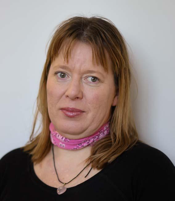 Helga Mária Szabó, Senior Linguist