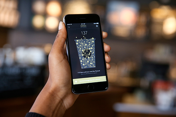 Comment le design de gamification peut enrichir une expérience de carte de fidélité qui devient plus ludique et plus engageante pour les utilisateurs (My Starbuck Rewards).