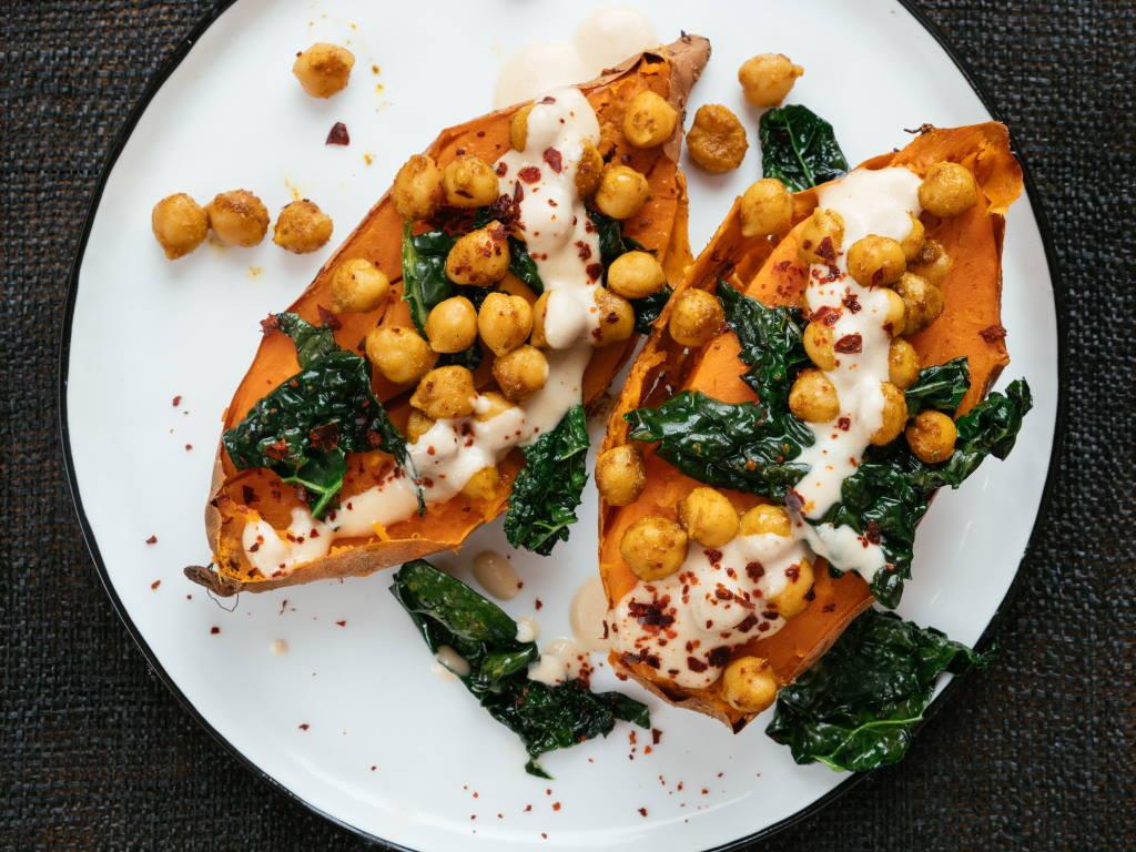 Vegan_wyldr_recipe_baked_sweetpotato