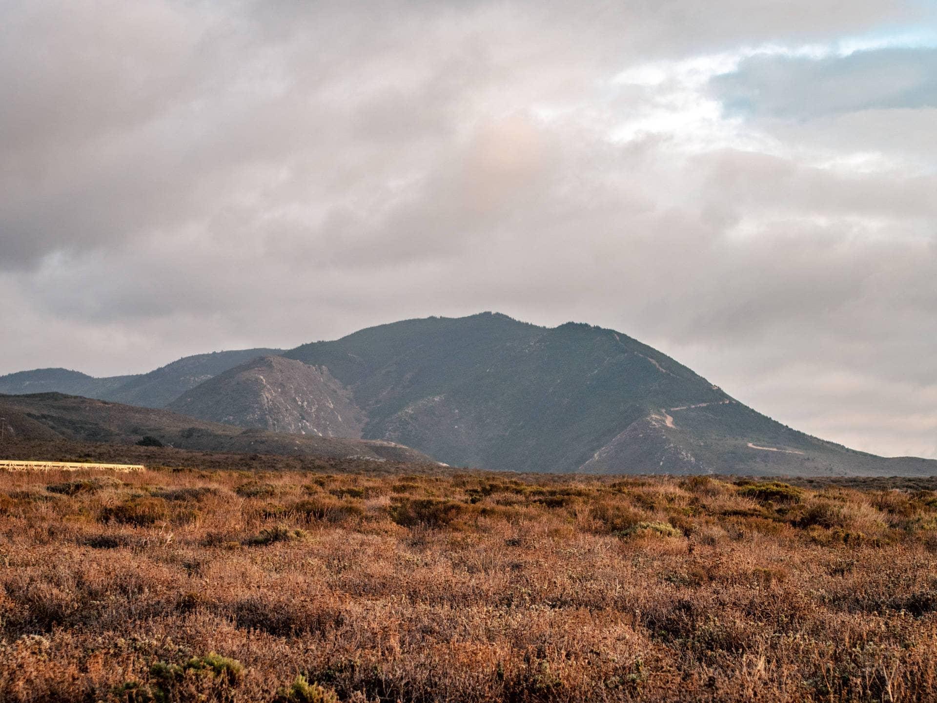 Los Osos Mountains
