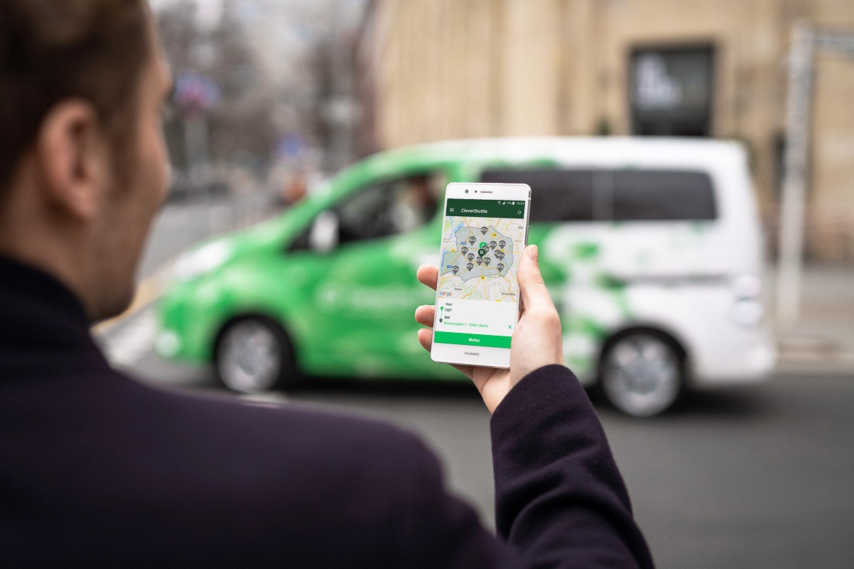 The subsidiaries of Deutsche Bahn, Clevershuttle and ioki and the mobility service provider HEAG mobilo in Darmstadt started on-demand shuttles in late 2020. The name of this ridesharing service: HeinerLiner, the electric Vito the EV of choice.