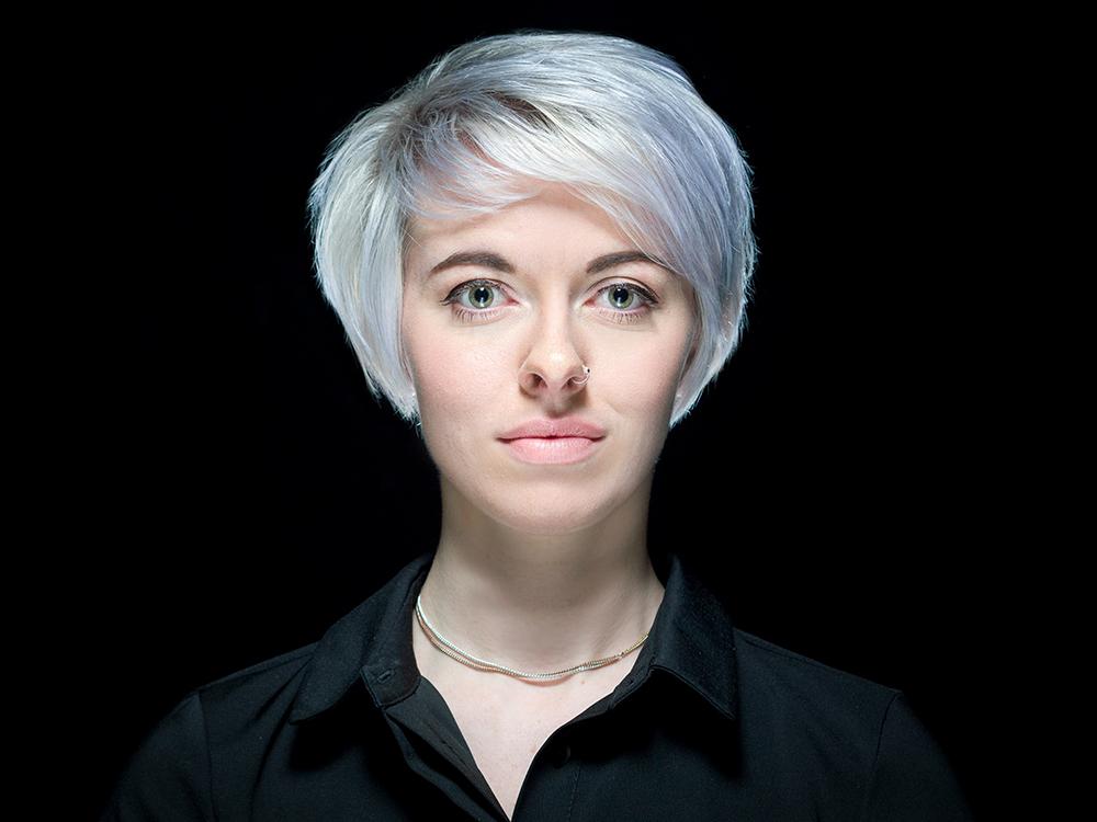 Norfolk Photographer - Headshots & Business Portraits - Angela Adams