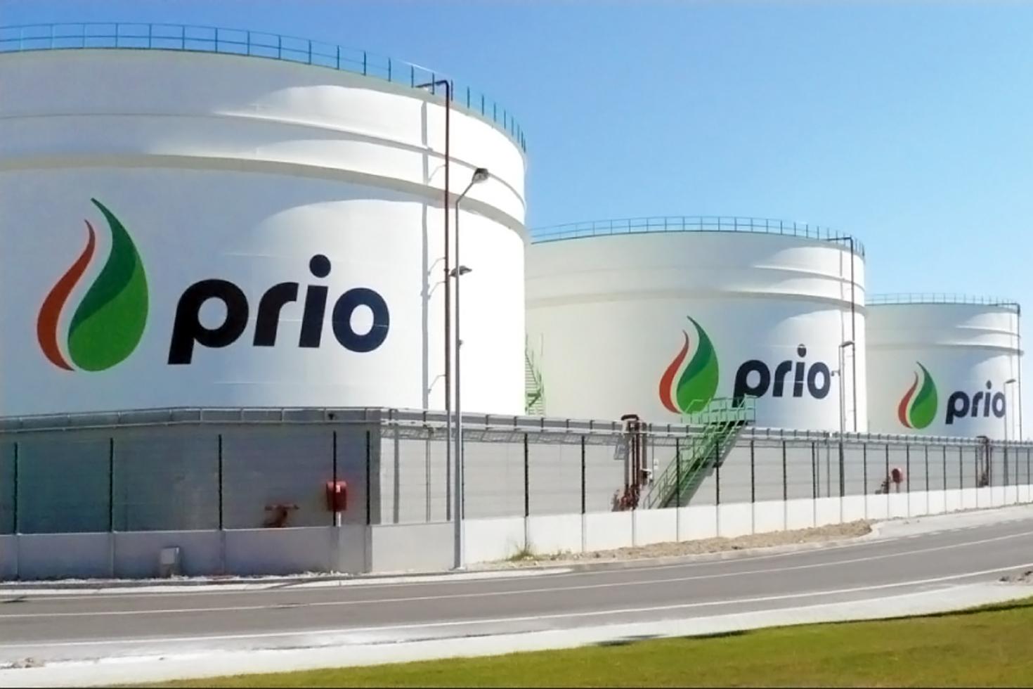 Prio logo on storage tank