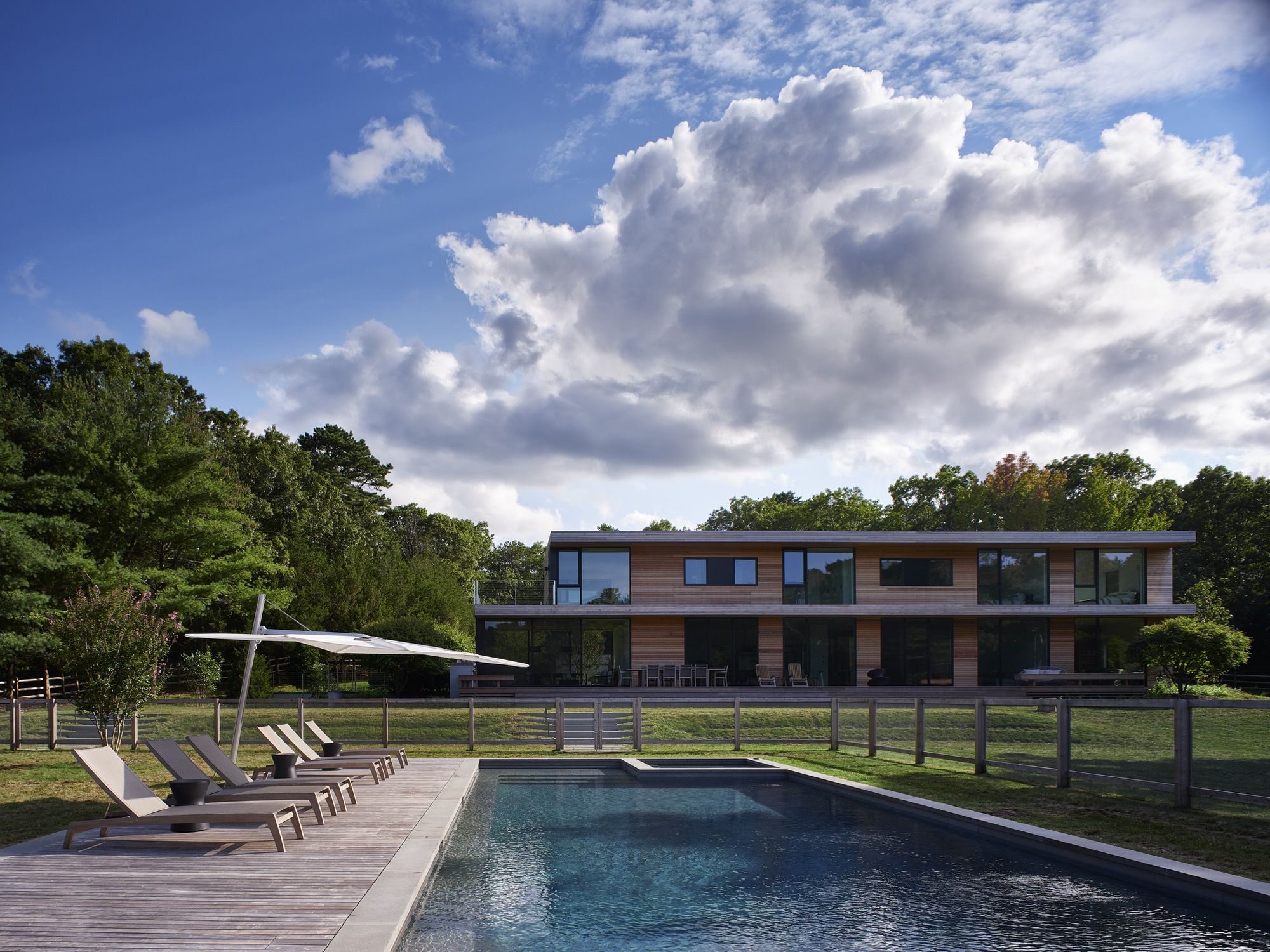 Custom build modern home in the Hamptons