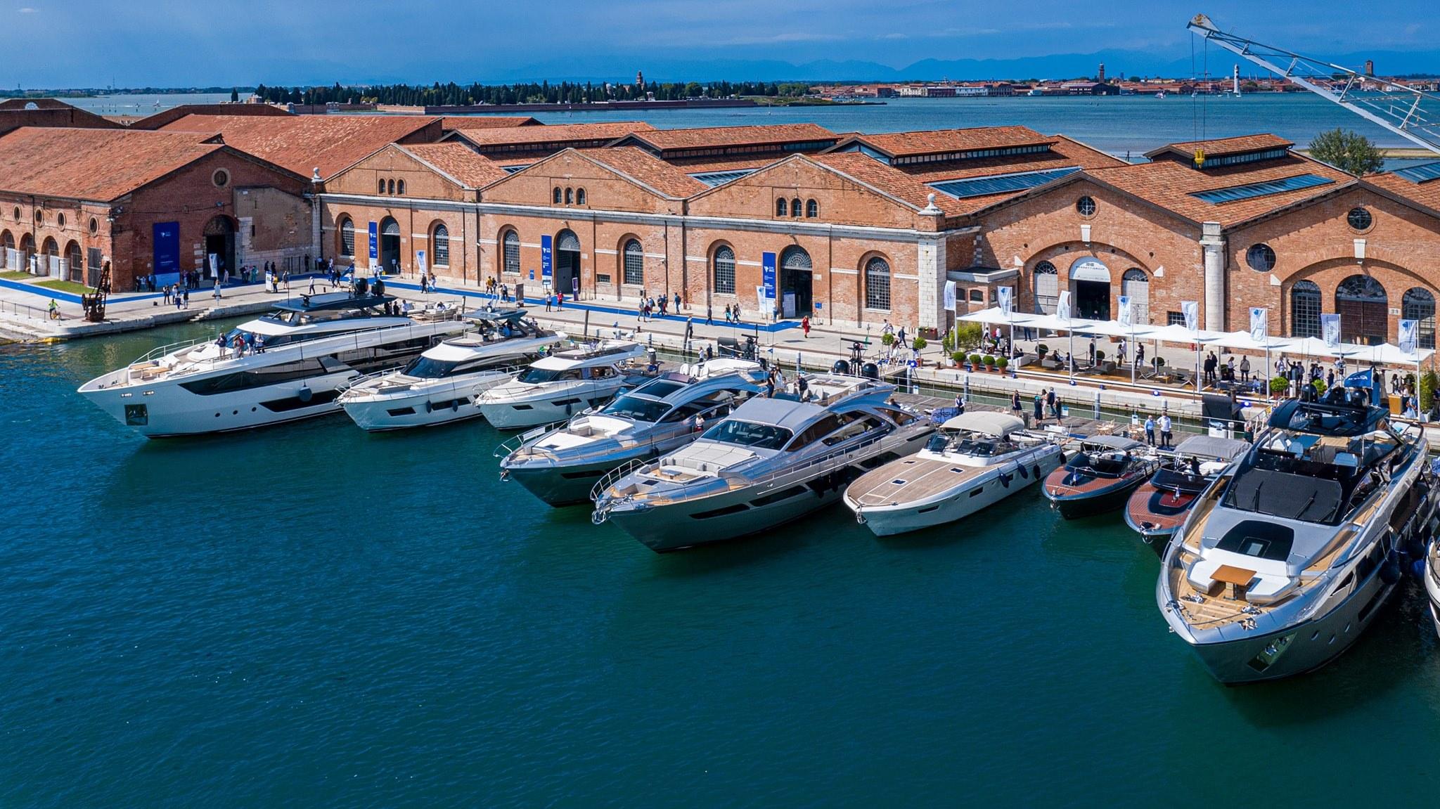 Tập đoàn Ferretti mang 10 siêu phẩm tới Triển lãm du thuyền Venice 2021