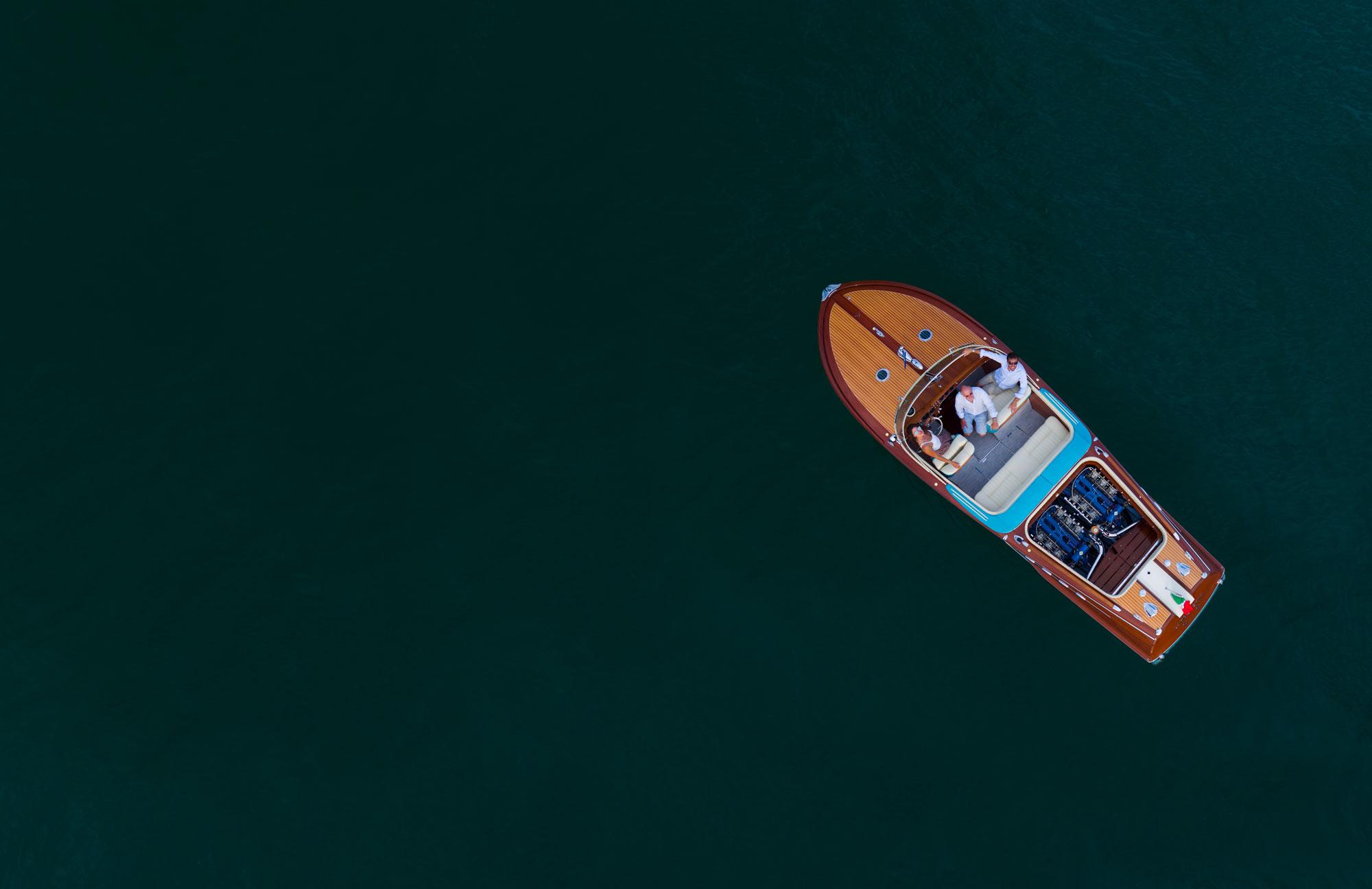 Câu chuyện về chiếc du thuyền Riva mang trái tim Lamborghini