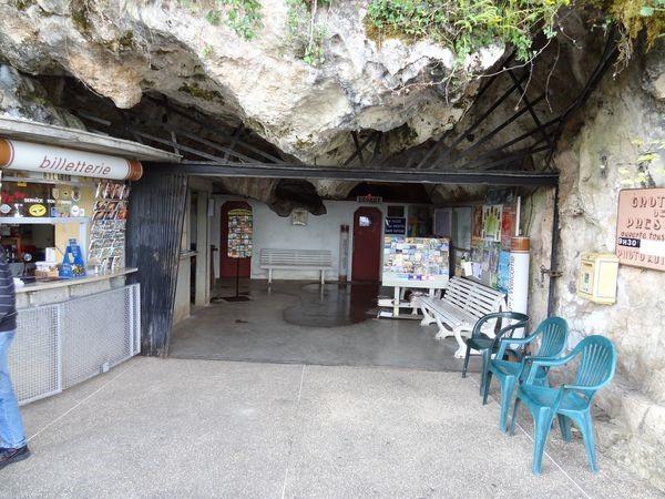 Accueil des grottes de Presque