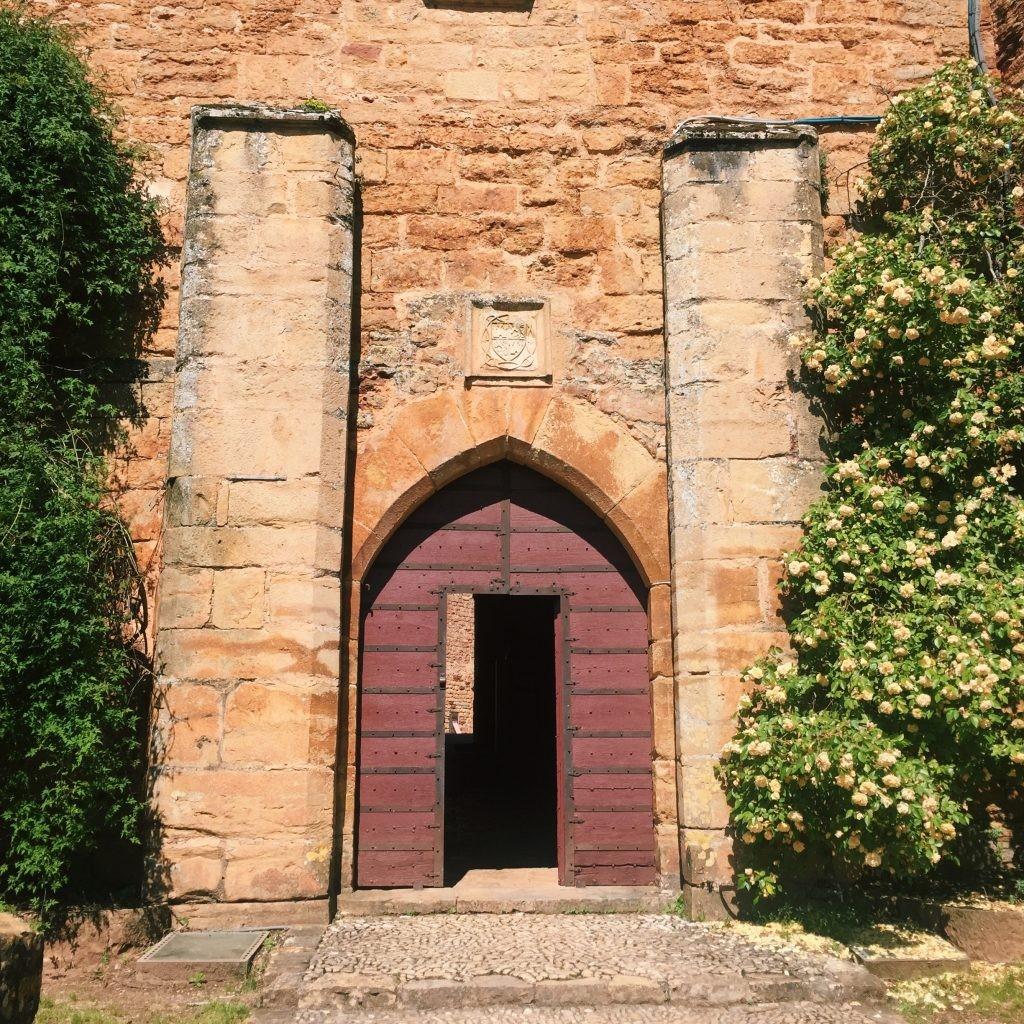 Porte entrée Chateau Castelnau de Bretenoux