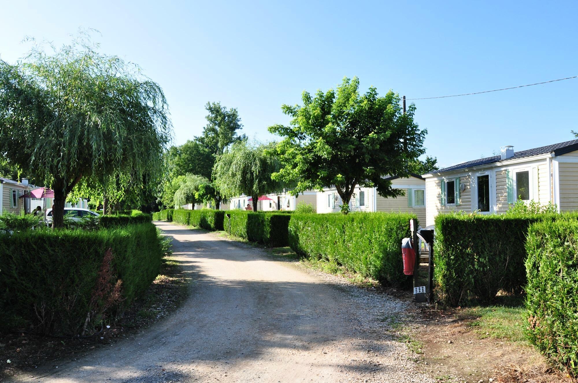 Hébergements du camping La Bourgnatelle près de Rocamadour