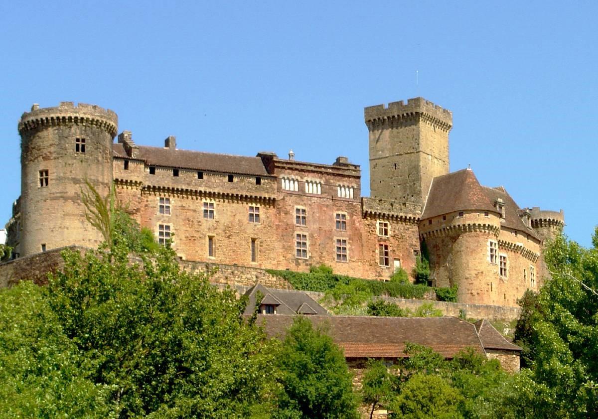 Château Castelneau-Bretenoux