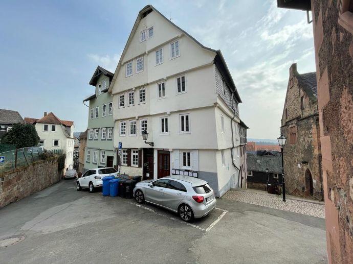 Denkmalgeschütztes Mehrfamilienhaus in der Marburger Oberstadt