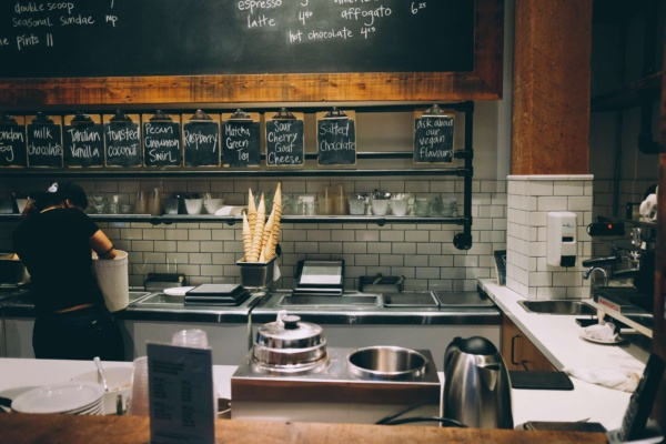 5 warning signs that your kitchen needs a deep clean