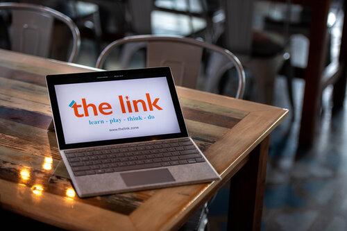 THELINK-0201.jpg