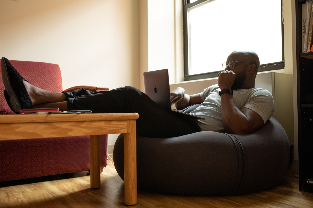 Ensuring A Healthy Work-Life Balance When Working From Home