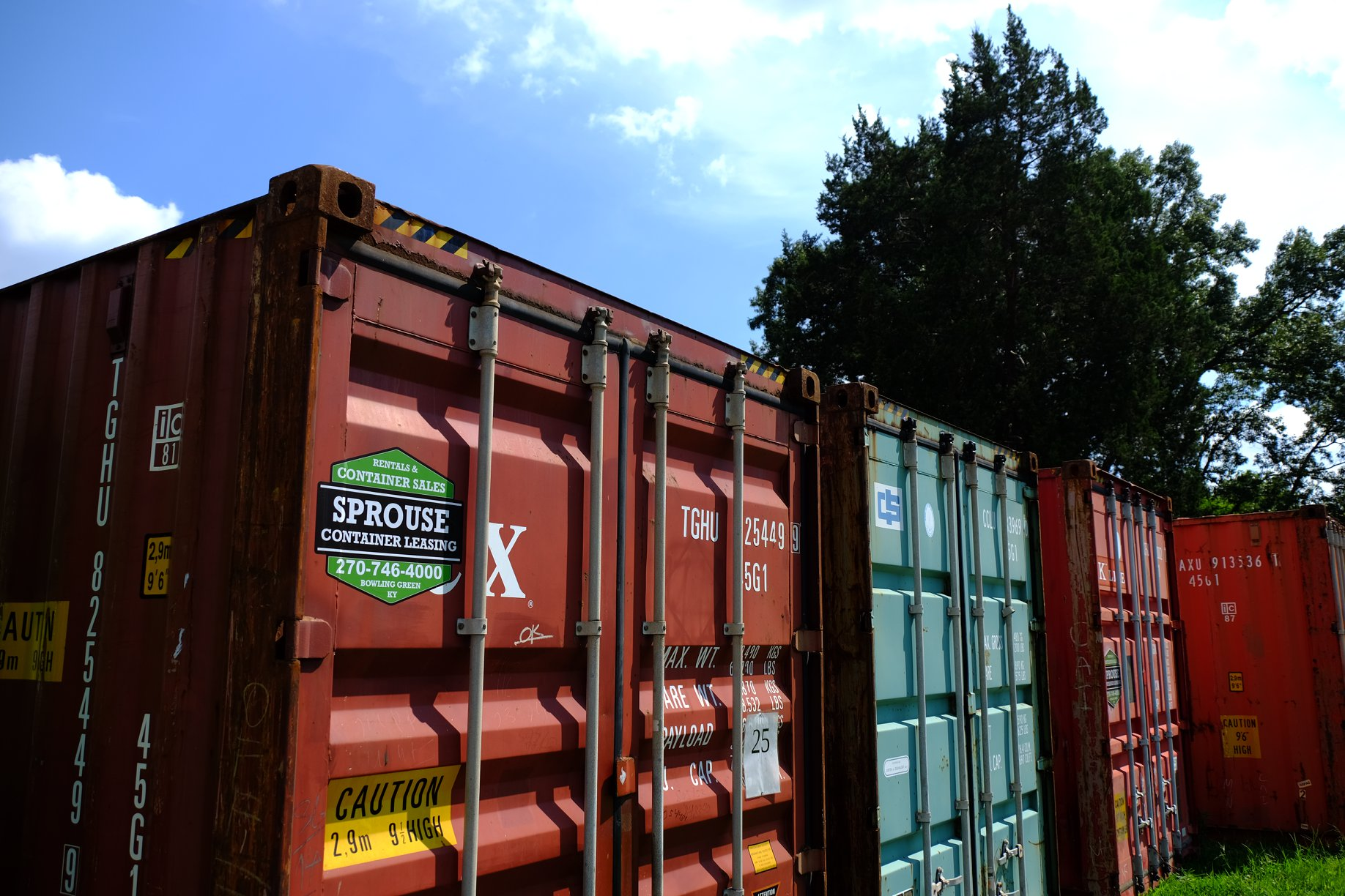 Equipment_Containers