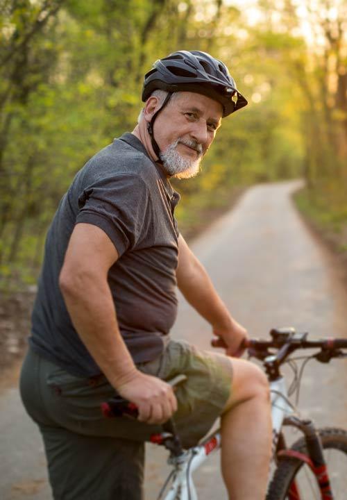 Brønnerødtoppen man sykkel