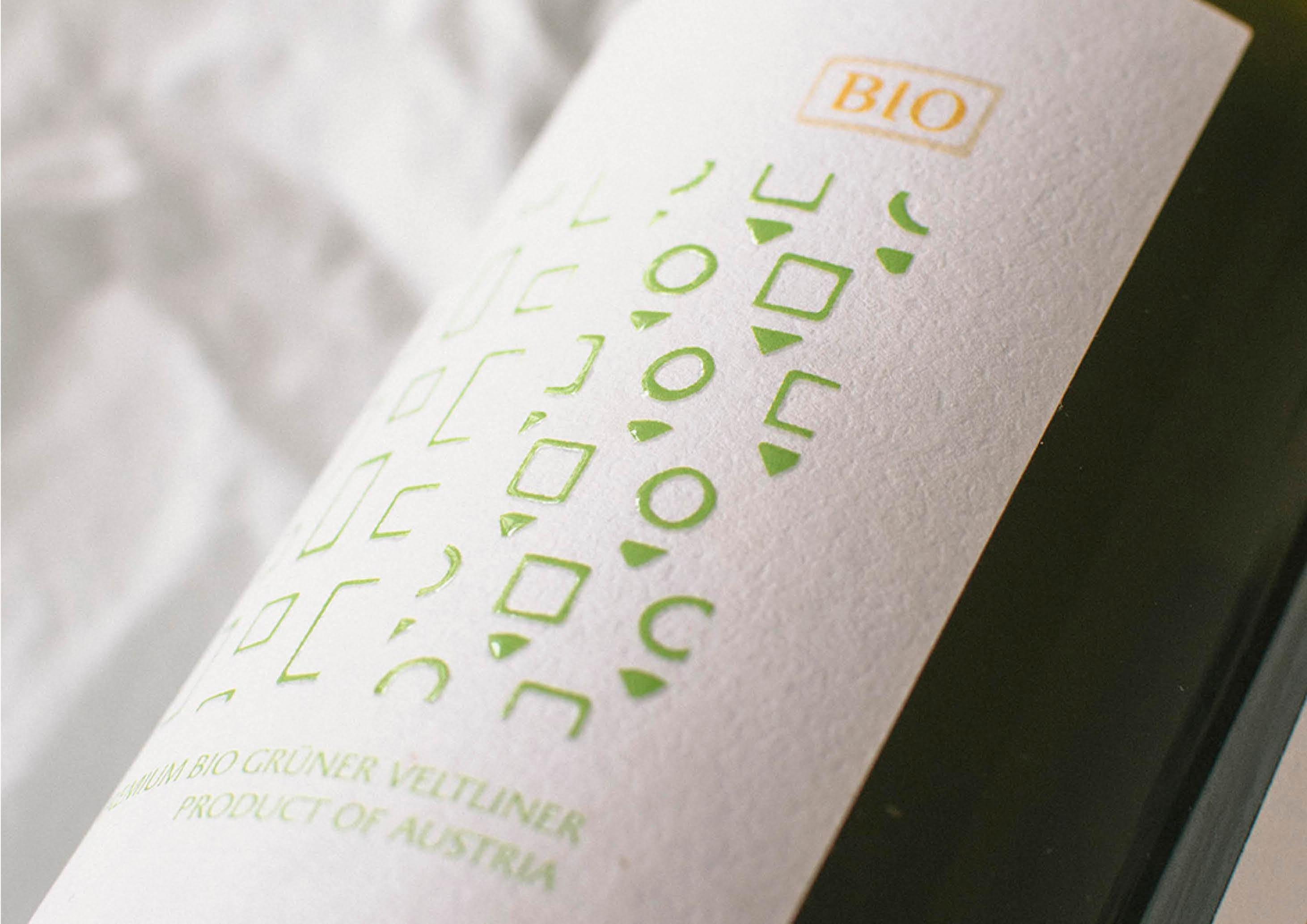 Felix Gruner Veltliner Wine Label Design (details) by Magdalena Weiss (Winemonger Imports California)