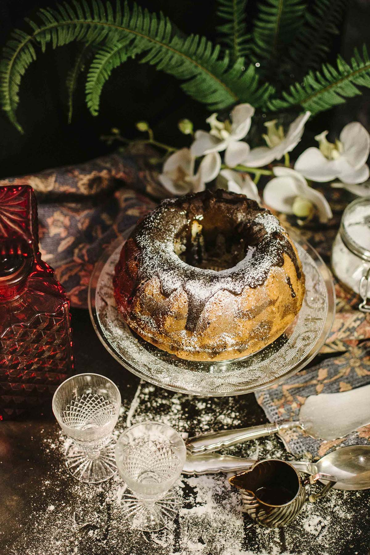Food Photography (Rezept: Marmorgugelhupf) by Magdalena Weiss