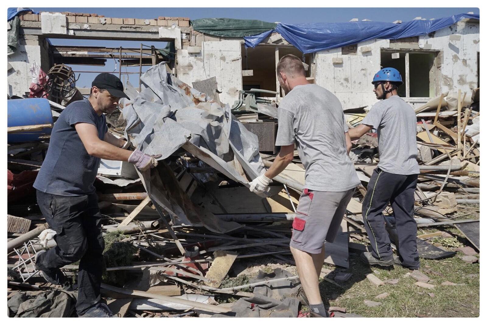 Pomáháme obcím zasaženým tornádem