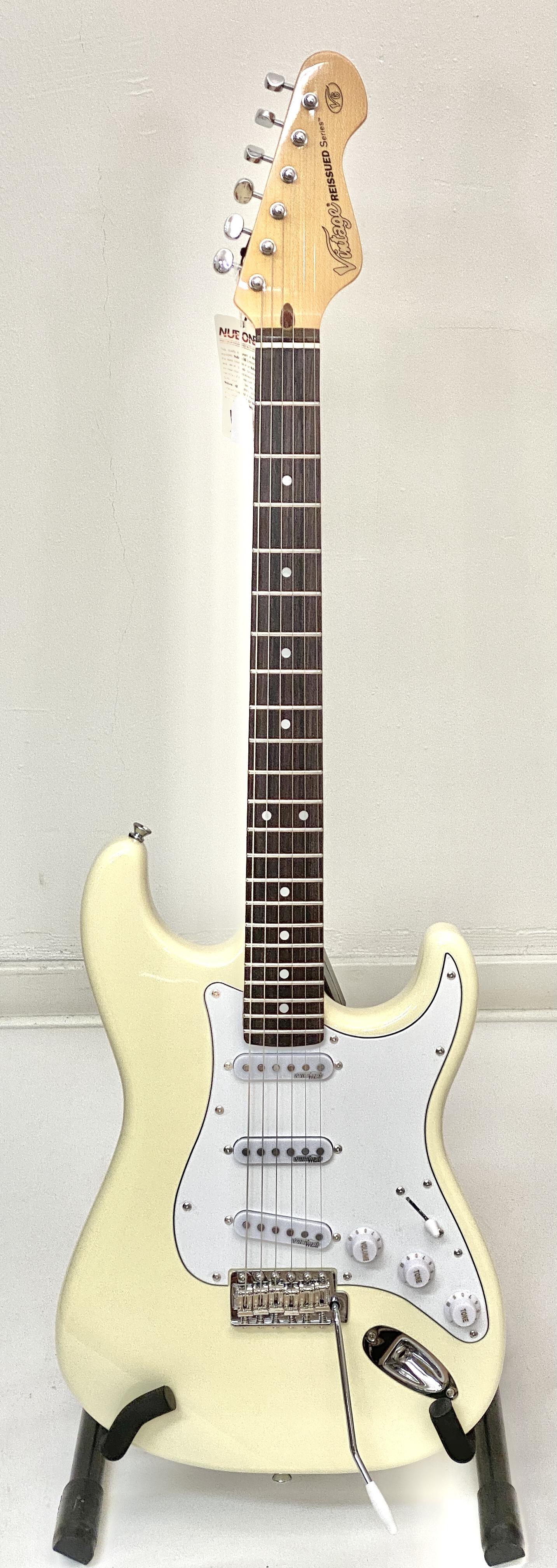 Vintage V6 White