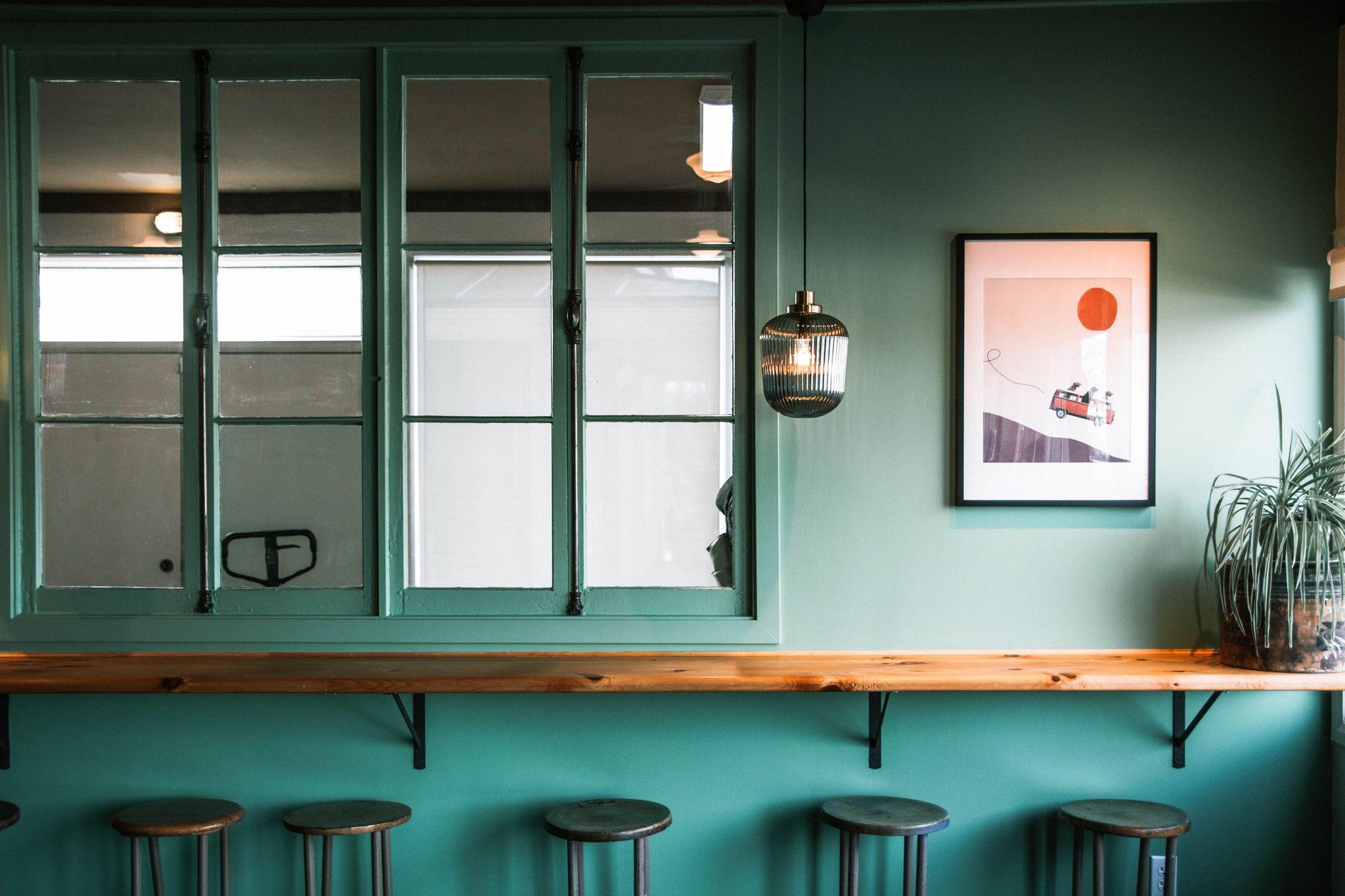 Ecluse No10 - Comptoir café