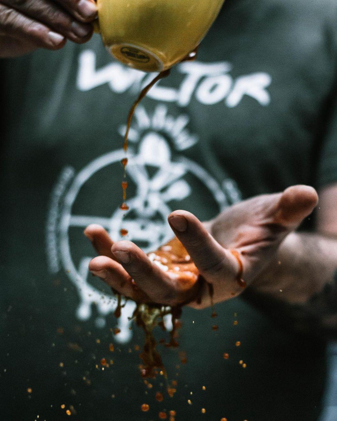 Ecluse No10 - Poignée de grains de café