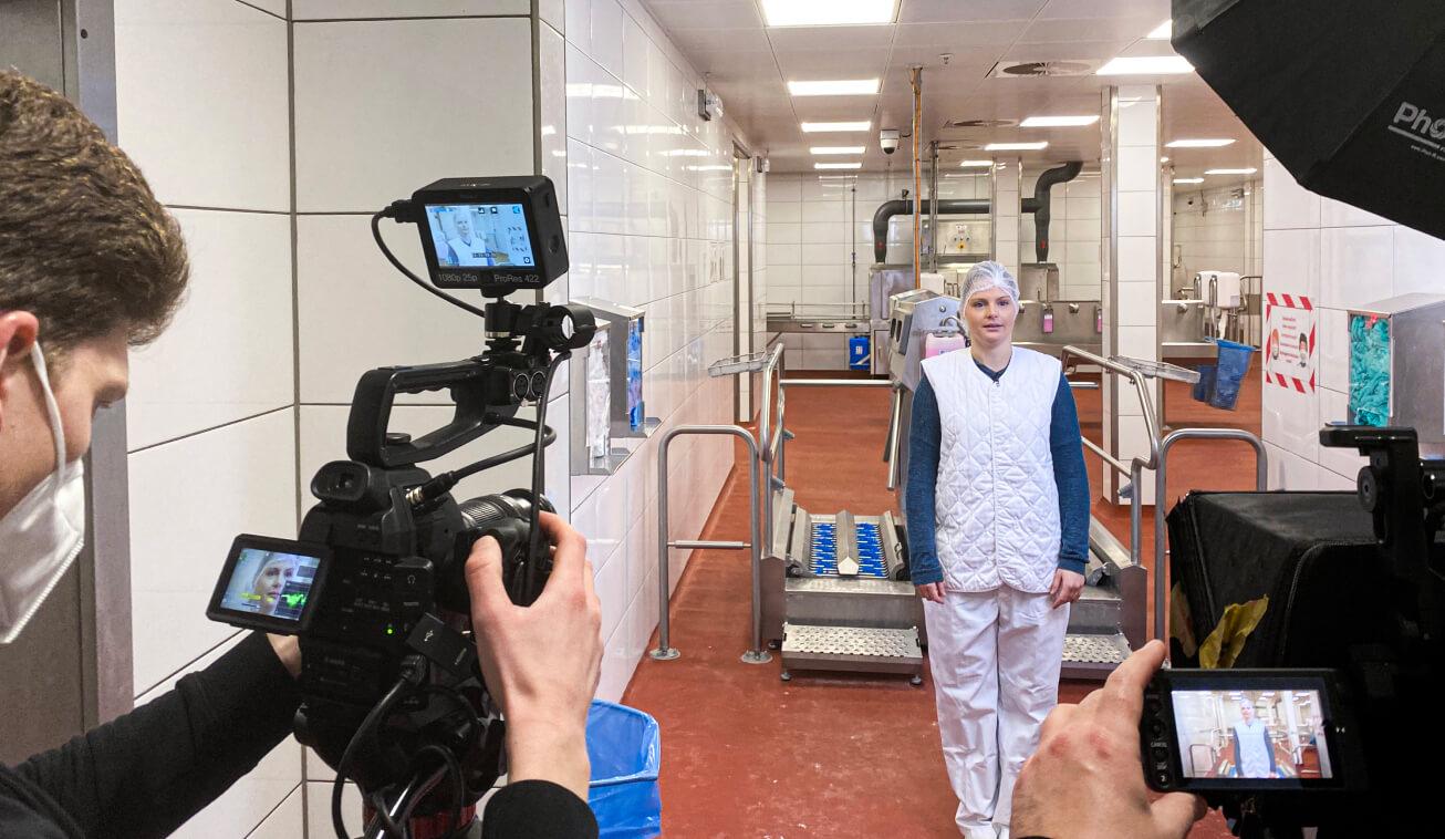 doinstruct Videoproduktion Set mit zwei Kameras.