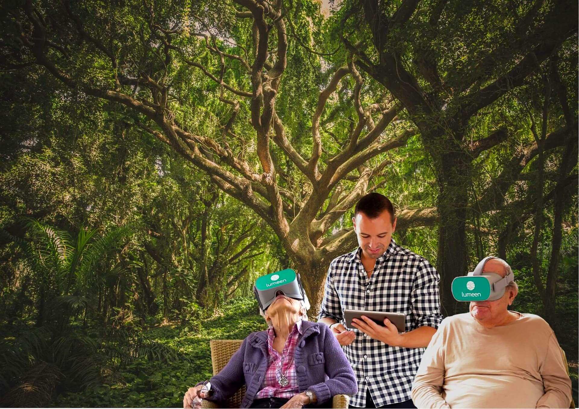 Deux personnes agées testent la réalité virtuelle thérapeutique Lumeen dans leur maison de retraite