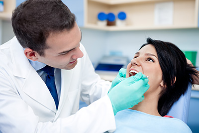 Dental prophy with a patient