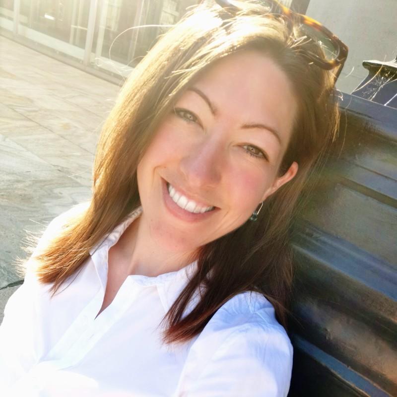 Jennifer Kahn