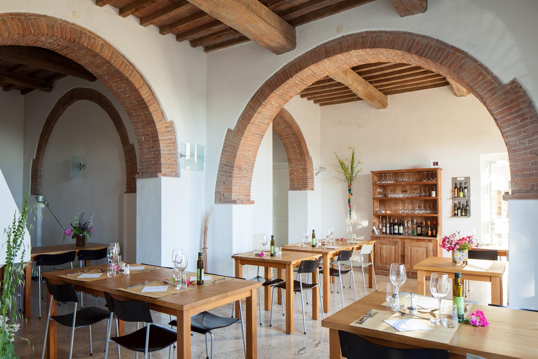 Die Innenräume des Restaurants von Podere Riparbella