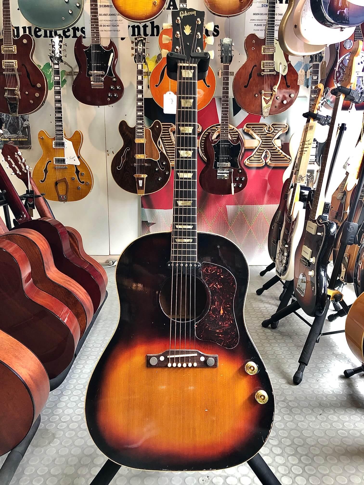 Gibson J160E 1955