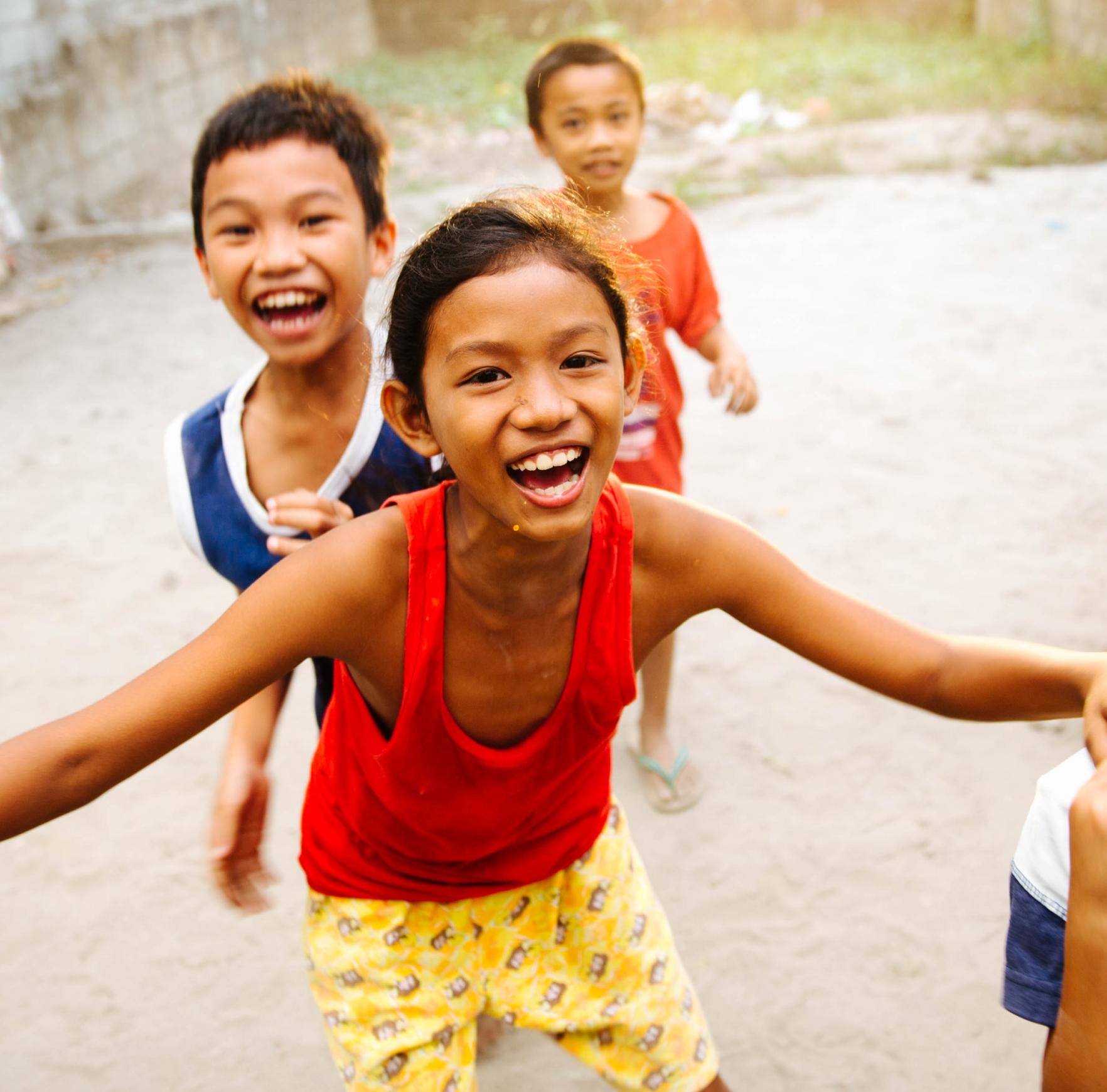 Filipino children smiling