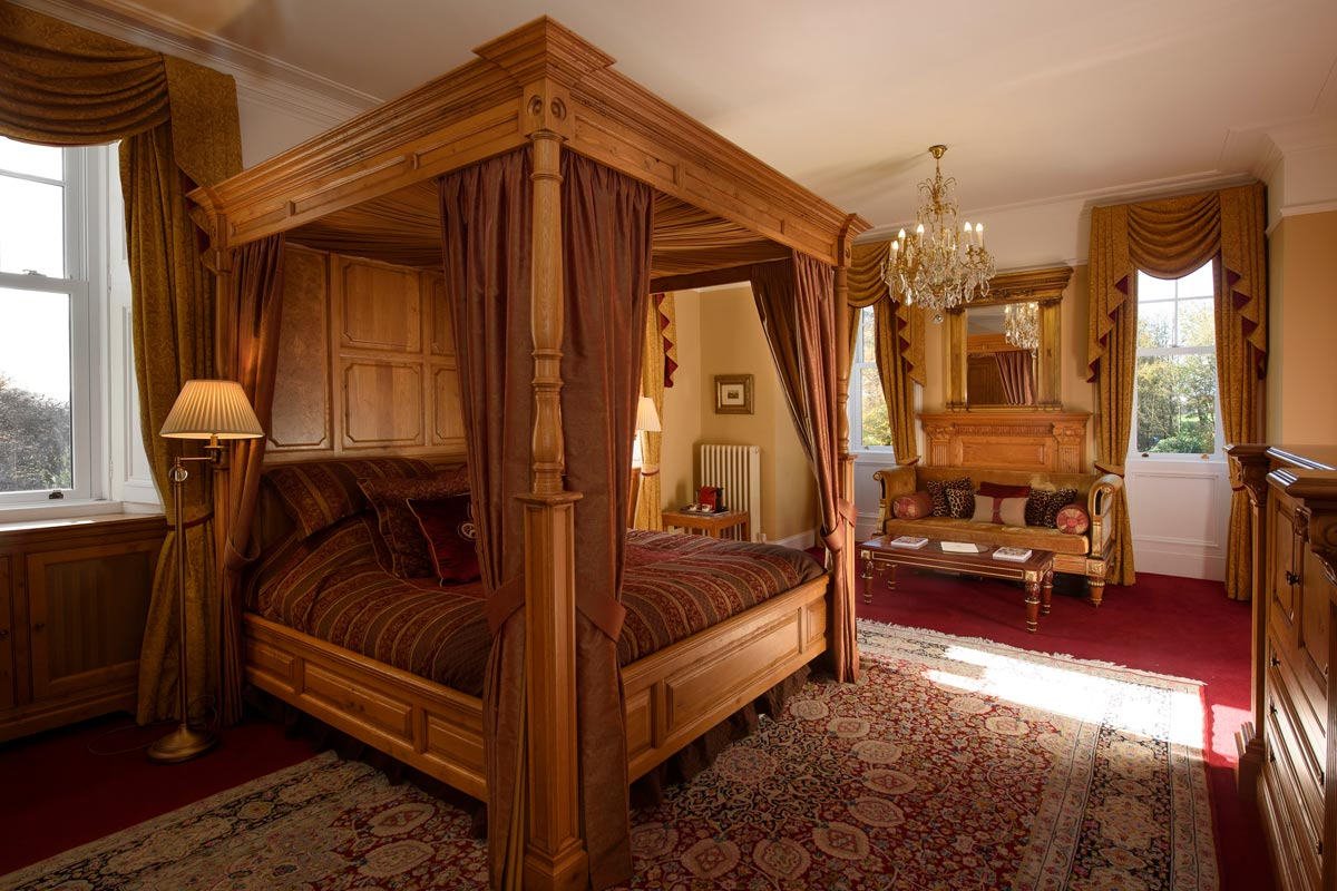Turin Castle Scotland Macallan Suite