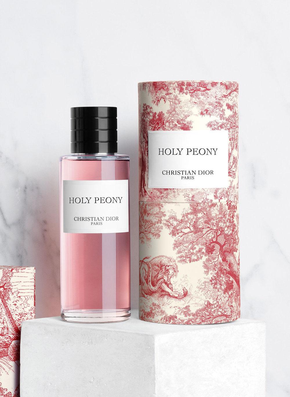 El Libro Amarillo - Holy Peony Maison Christian Dior